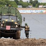 ?????????? ? ????????????? ????????-????????? ????? ??? ?? ????? ????-4320 (PMP floating bridge on Ural-4320 chassis)