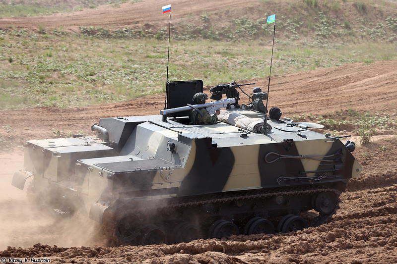 БТР-МДМ с расчетом ПЗРК 9К333 Верба (BTR-MDM with 9K333 Verba MANPAD)