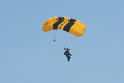 2008 Joint Service Open House Airshow, Andrews Air Force Base, Maryland, USA; Golden Knights Parachute Team