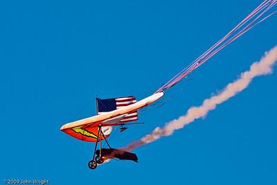 Dan Buchanan hang glider