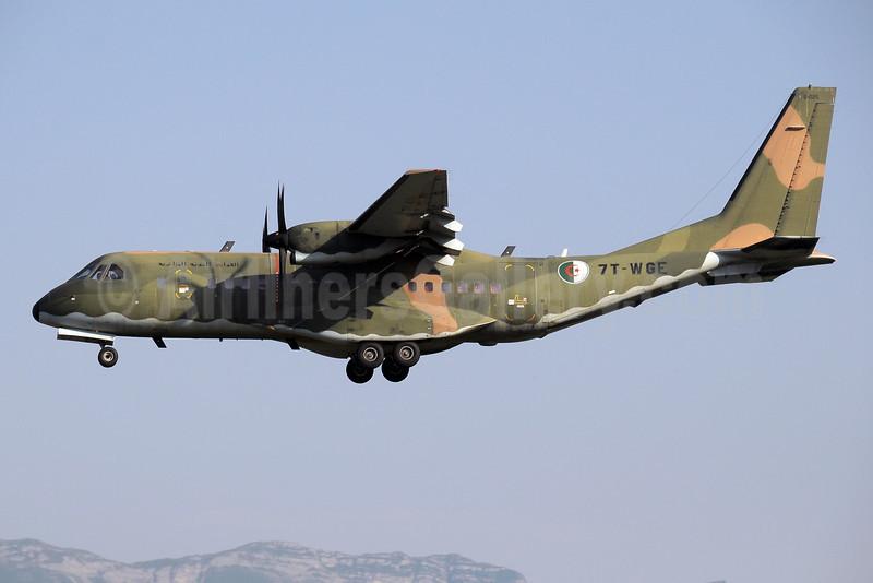 Algerian Air Force CASA C-295M 7T-WGE (msn S-025) GVA (Paul Denton). Image: 922126.