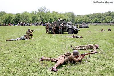 Infantry with Halftrack.