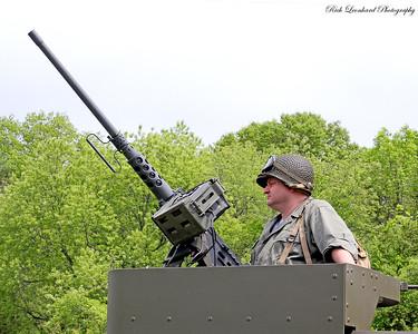 Solder with 50 calaber machine gun.