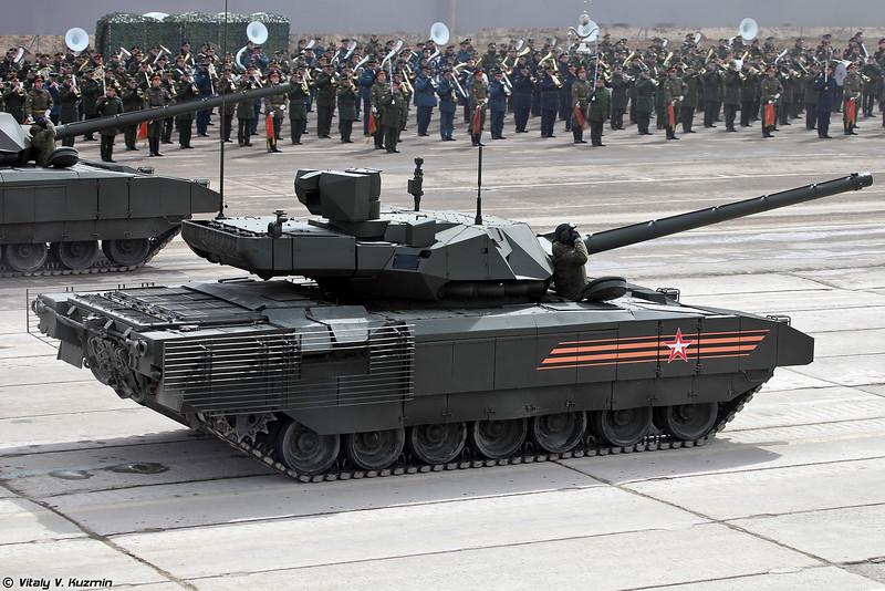 Танк Т-14 объект 148 на тяжелой гусеничной унифицированной платформе Армата (Main battle tank T-14 object 148 on heavy unified tracked platform Armata)