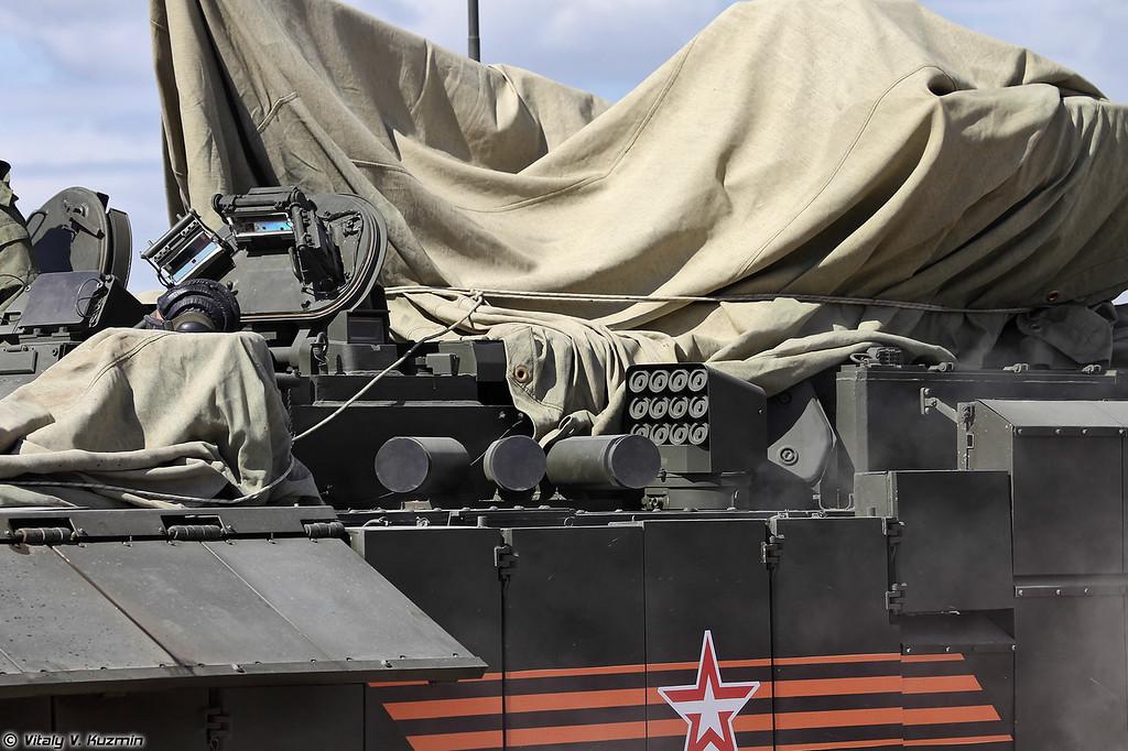Тяжелая боевая машина пехоты Т-15 объект 149 на тяжелой гусеничной унифицированной платформе Армата (Heavy infantry fighting vehicle T-15 object 149 on heavy unified tracked platform Armata)