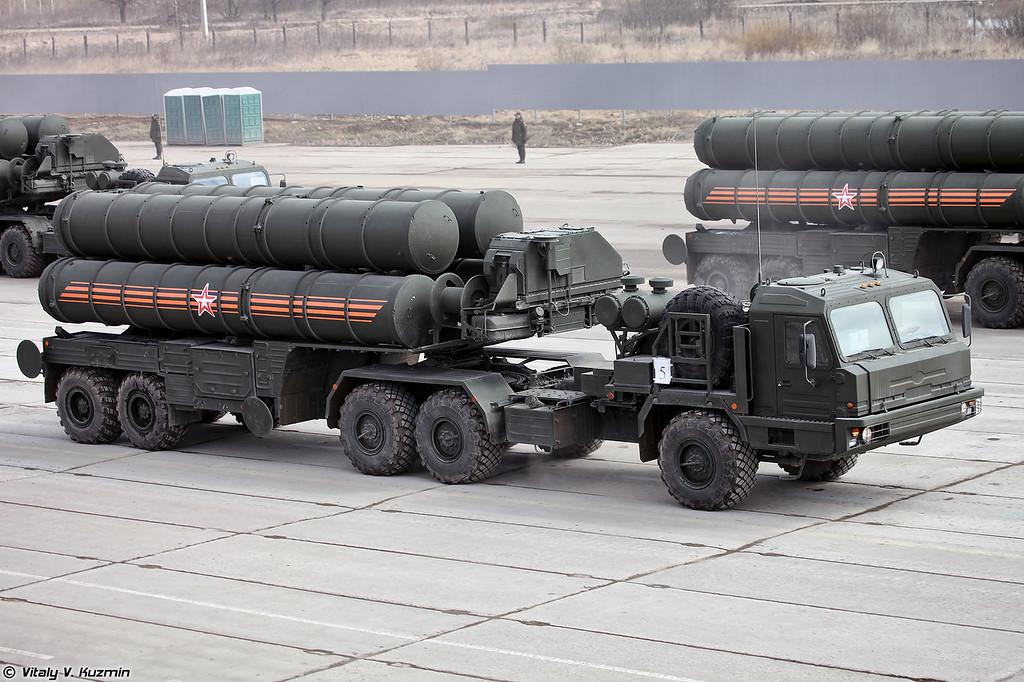 Пусковая установка 5П85Т2 ЗРC С-400 (5P85T2 TEL for S-400 missile system)