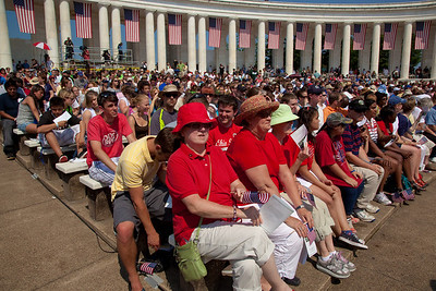 Spectators gather at the The Arlington Memorial Amphitheater at Arlington National Cemetery for the 142nd Memorial Day observance at the cemetery on May 31, 2010 (Photo by Jeff Malet)