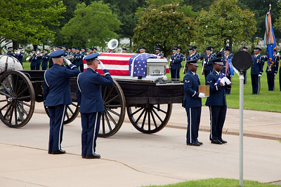 Members of the The United States Air Force Honor Guard participate in funeral ceremonies at the beginning of Memorial Day Weekend on Friday May 28, 2010 (Photo by Jeff Malet)