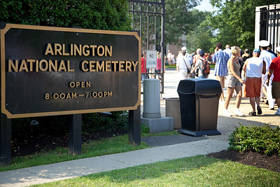 Entering Arlington National Cemetery on the day of the 142nd Memorial Day observance at the cemetery on May 31, 2010 (Photo by Jeff Malet)
