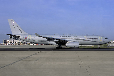 Armee De L'Air Airbus A330-243 MRTT F-UJCG (msn 1735) CDG (Jacques Guillem Collection). Image: 949572.