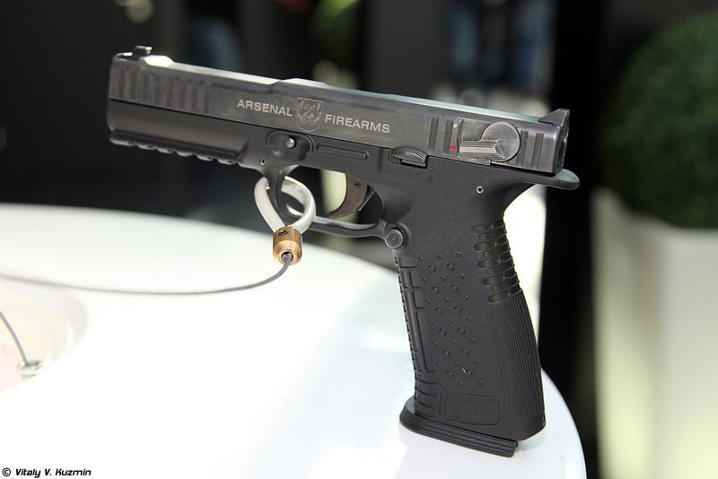9x19 пистолет Стриж / Strike One (9x19 Strizh / Strike One pistol)
