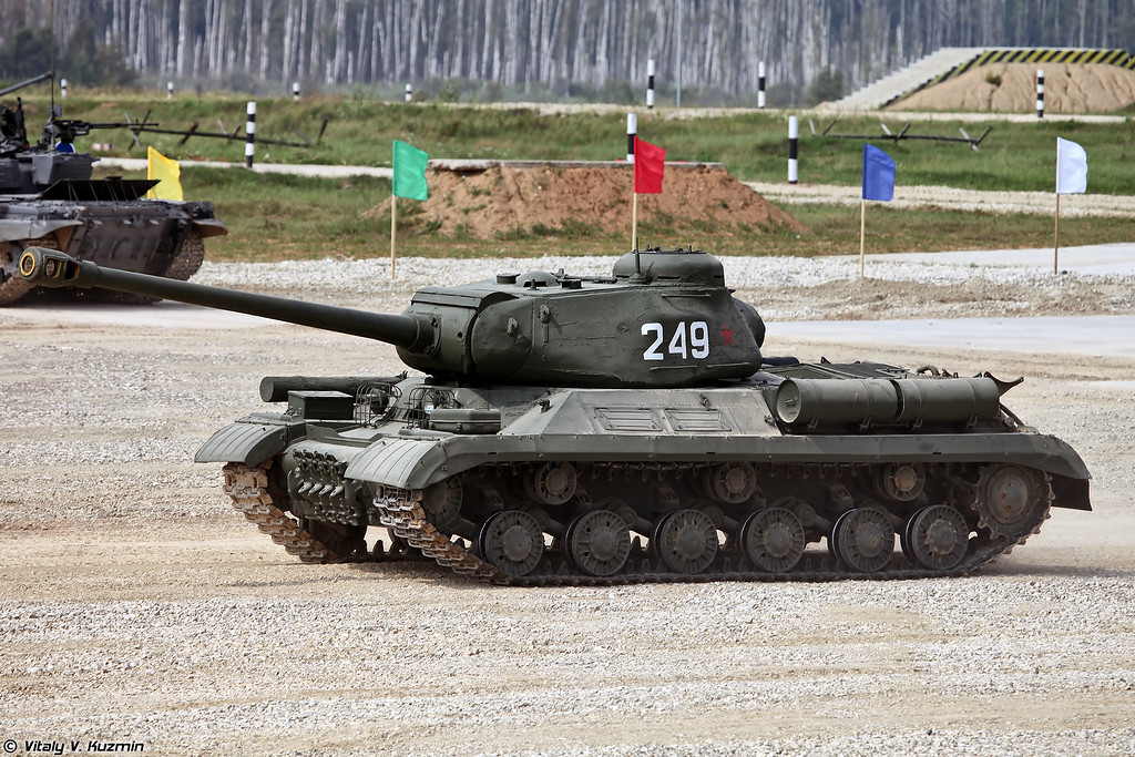 ИС-2 (IS-2)