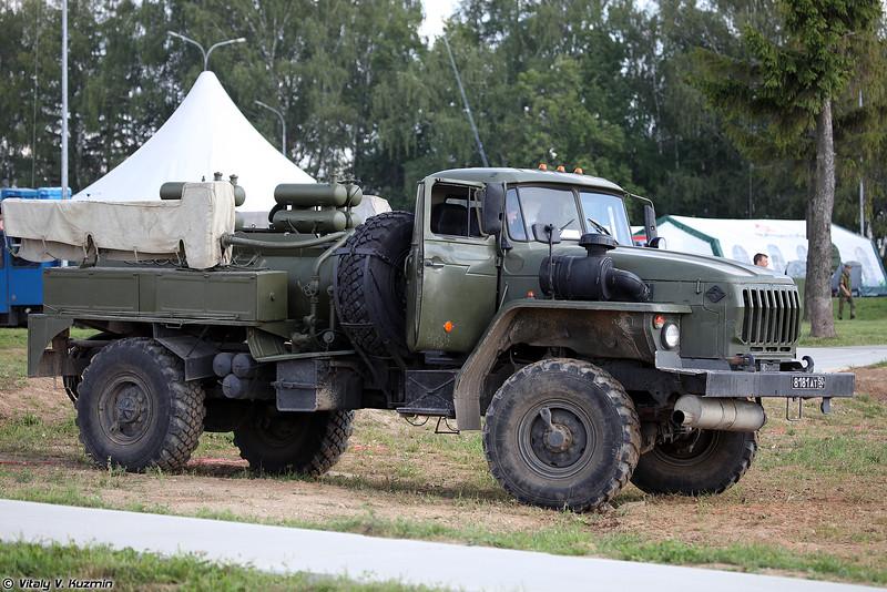 Авторазливочная станция АРС-14У (ARS-14U decontamination vehicle)