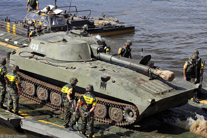 САУ 2С1 Гвоздика (2S1 Gvozdika self-propelled howitzer)
