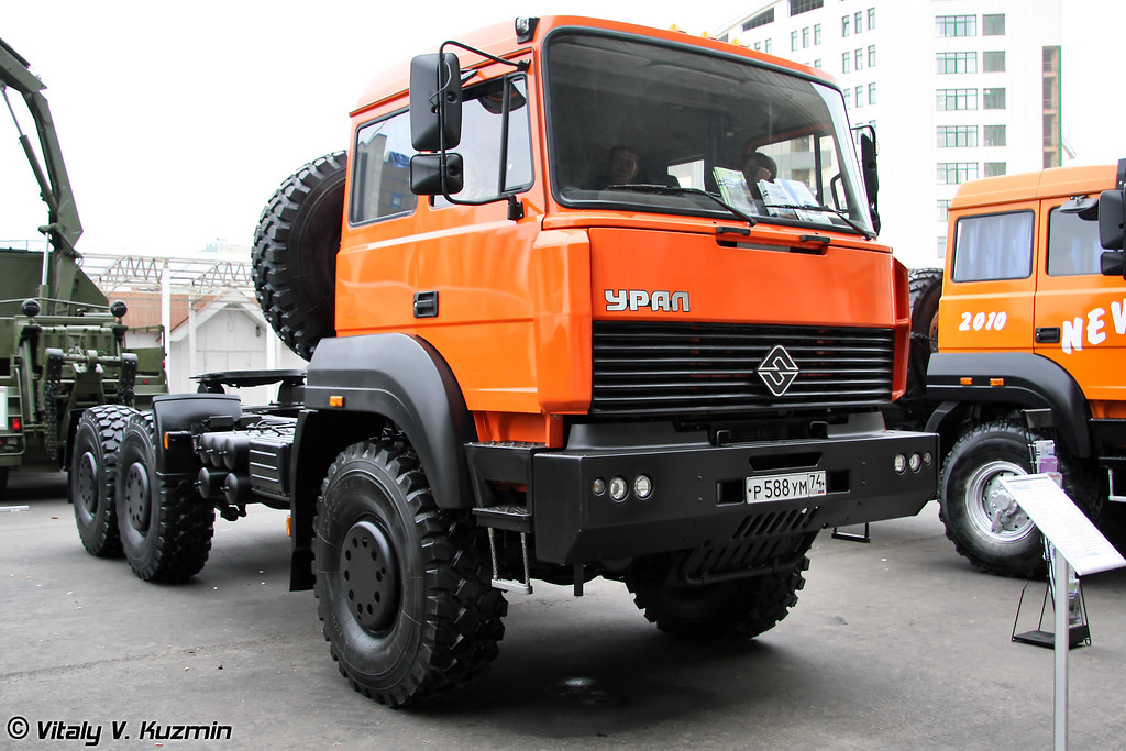 Урал-63704 (Ural-63704)