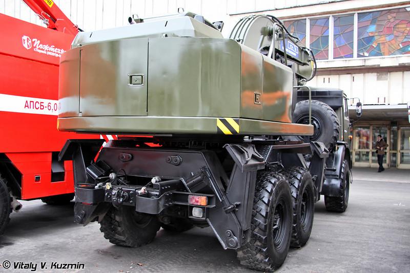 Экскаватор одноковшовый войсковой ЭОВ-3522 на шасси КАМАЗ-53501 (EOV-3522 excavator on KAMAZ-53501 chassis)