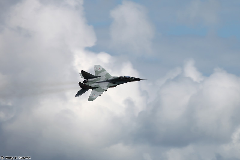 Парный пилотаж МиГ-29 (MiG-29 aerobatics)