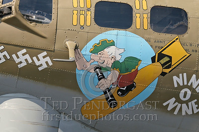 """Nine-O-Nine""'s Nose Art"