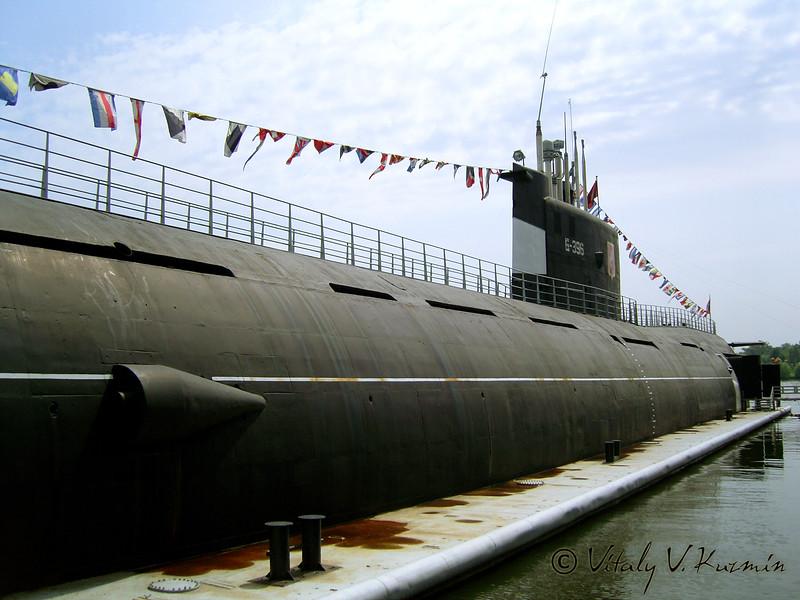 Музей Подводная лодка Б-396 Новосибирский комсомолец (B-396 Submarine museum)
