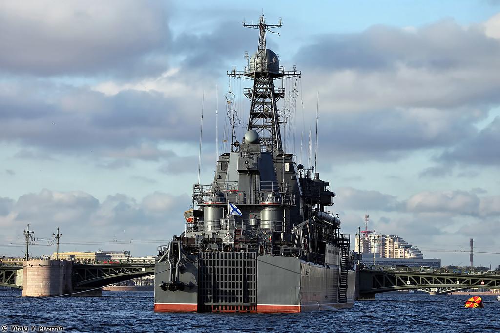 БДК Королев проекта 775 (Project 775 landing ship Korolev)