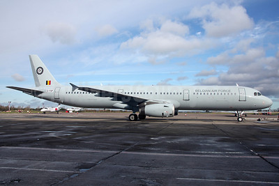 Belgian Air Force (Hifly) Airbus A321-231 EI-FDP (CS-TRJ) (msn 1004) DUB (Greenwing). Image: 922190.