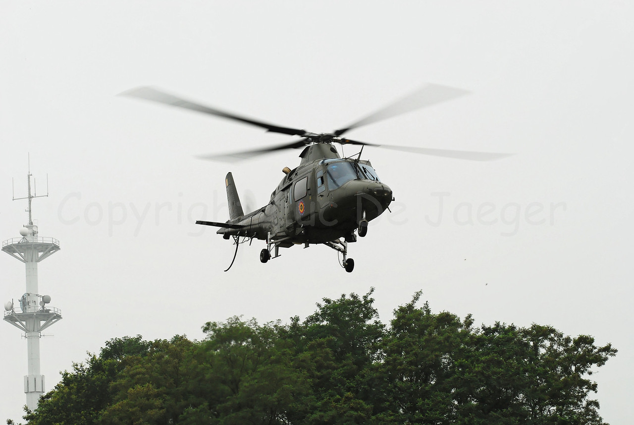 Tha Agusta A-109 helicopter in use with the Belgian Army. There are different versions (anti tank, personnel carrier, observation and surveillance etc.).