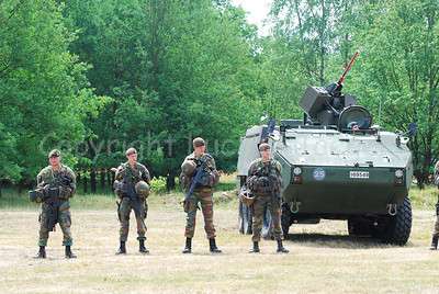 Belgian Infantry soldiers beside the AIV Piranha IIIC.