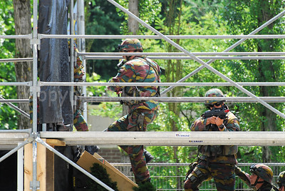 Soldiers of the Belgian Army during a MOUT Training (Military Operations in Urban Terrain).