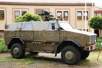 The brand new MultiPurpose Protected Vehicle  (MPPV) Dingo II from the German manufacturer Krauss-Maffei-Wegmann (KMW). This vehicle is introduced in the Belgian Army since the end of 2006 in 5 different versions. The vehicle has Ricaro seats. For the moment 220 MPPVs will be delivered.