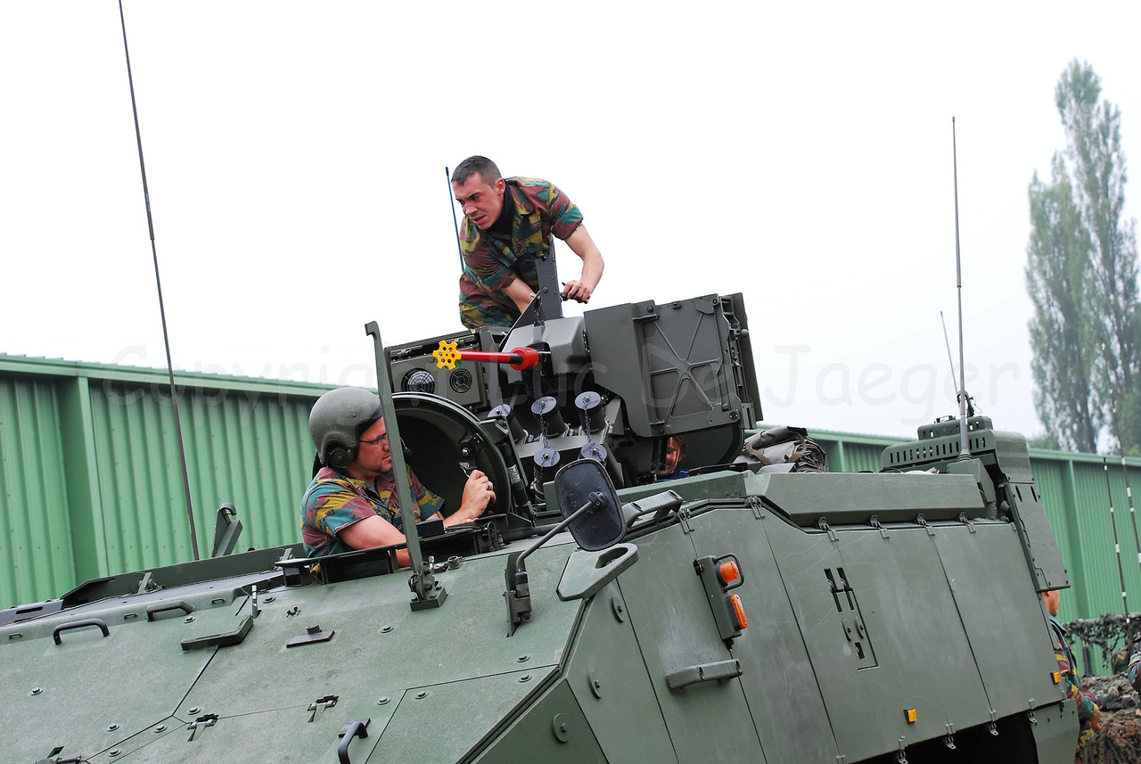 The brand new AIV (Armoured Infantry Vehicle) Piranha IIIC manufactured by MOWAG that will replace the Leopard 1A5 MBT in the Belgian Army.