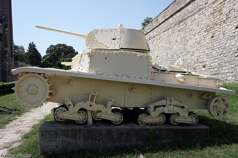 Carro Armato M15/42