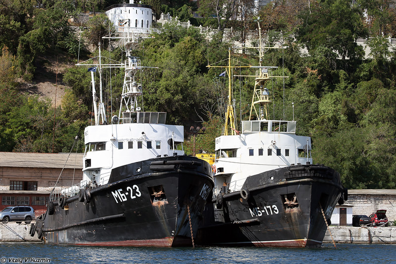 Морские буксиры МБ-23 и МБ-173 проекта 733 (MB-23 and MB-173 seagoing tugs, Project 733)