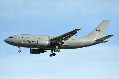 Canada - RCAF-ARC Airbus A310-304 (CC-150) Polaris 15002 (msn 482) YYZ (TMK Photography). Image: 950112.