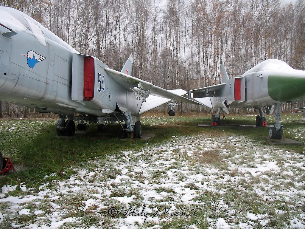 Су-24 (Su-24)