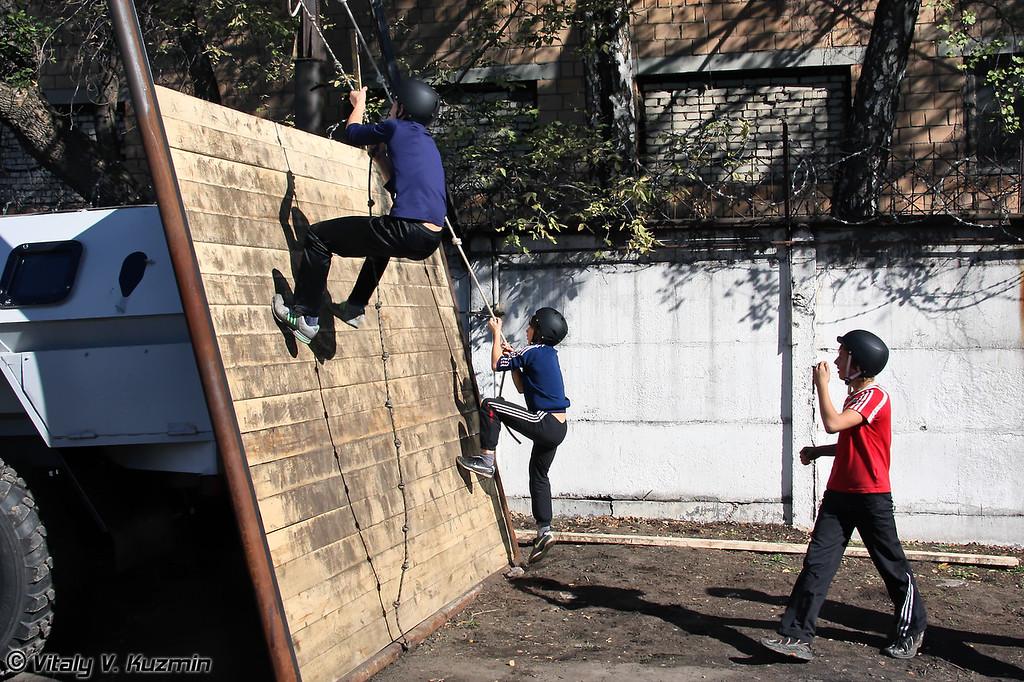 Полоса препятствий (Obstacle course)