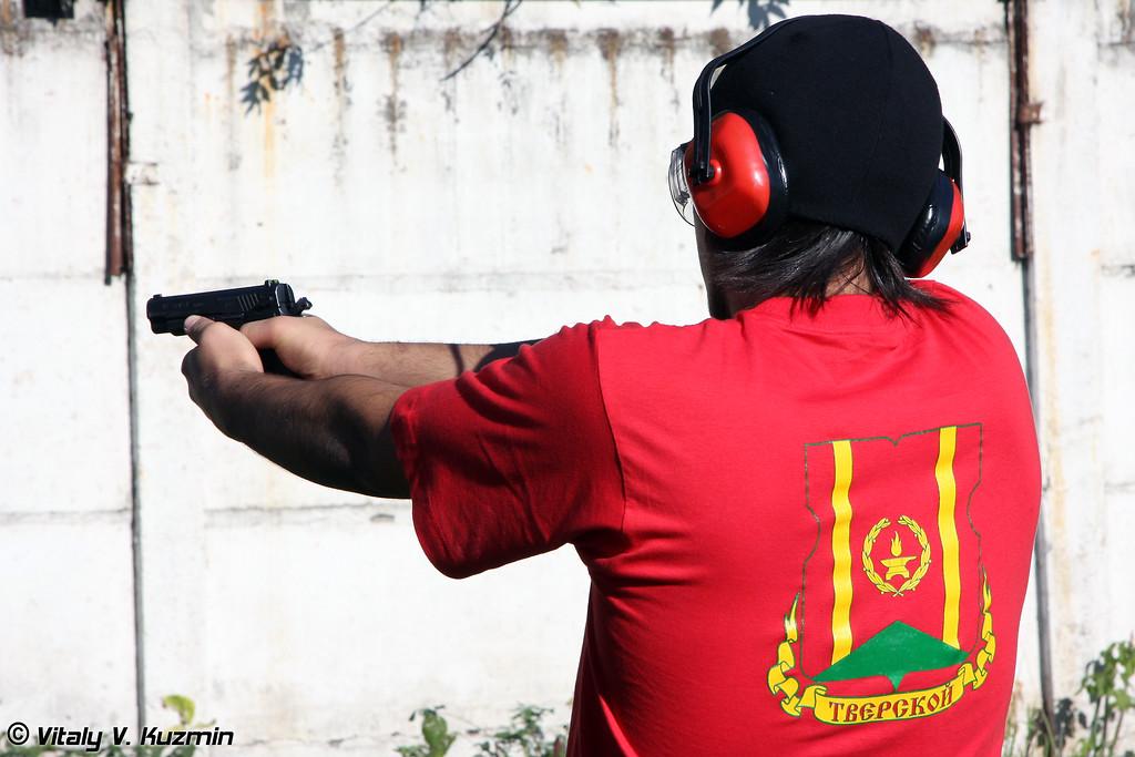 Стрельба из травматического оружия (Shooting from non-lethal pistols)
