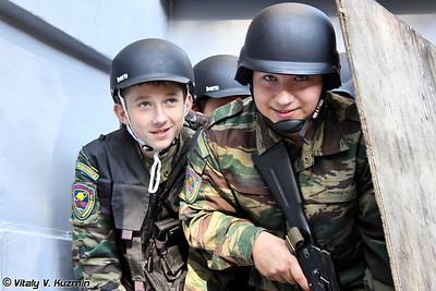 Воспитанники ДВПК Прометей при ОСН Сатурн (Cadets from Prometheus youth military-patriotic club)