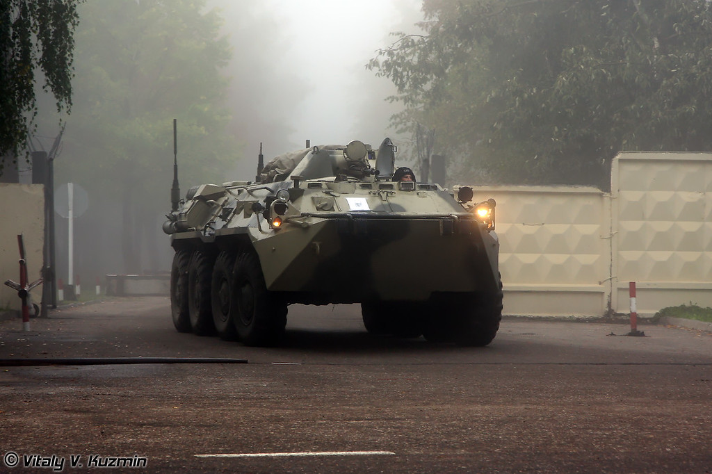 КШМ на базе БТР-80 (Command vehicle based on BTR-80)