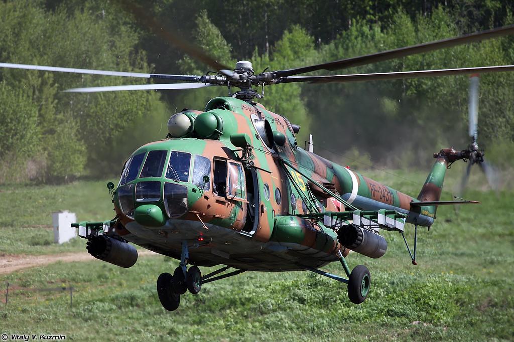 Высадка воздушно-поисковой штурмовой группы 21-й ОБрОН с вертолета Ми-8АМТШ (Landing of assault group from Mi-8AMTSh)