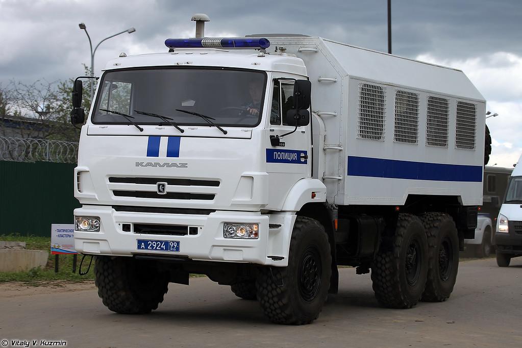 Автомобиль для траснпортирования нарядов полиции АТНП-5350 (ATNP-5350 personnel carrier)