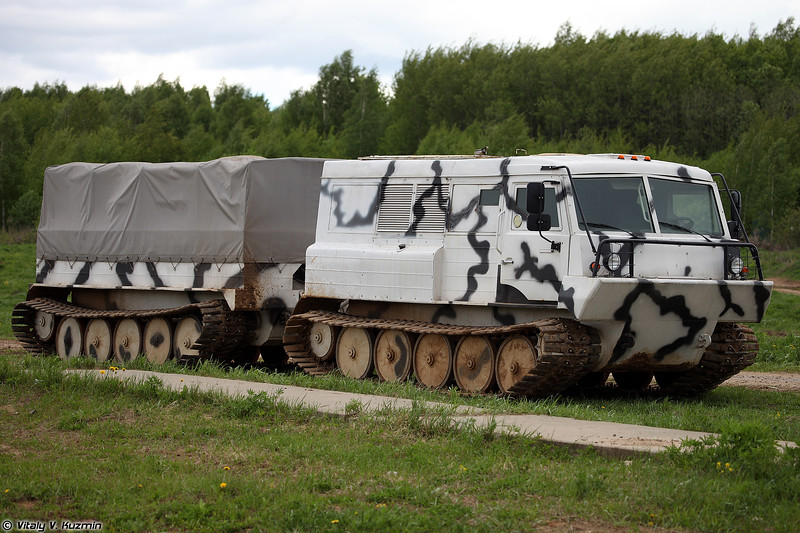 Двухзвенный гусеничный вездеход ТТМ-4902ГР (TTM-4902GR all-terrain tracked vehicle)
