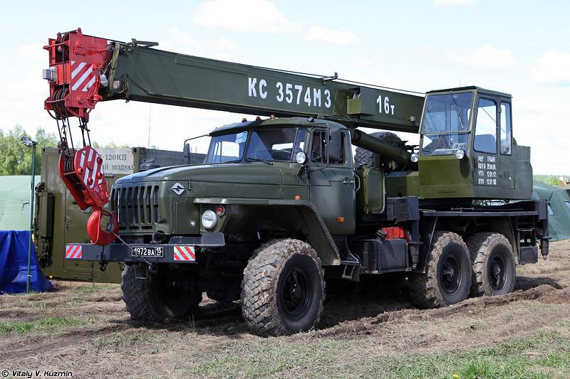 Автокран КС-3574М3 (KS-3574M3 autocrane)