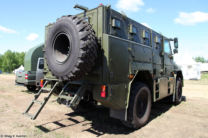 Автомобиль специальный бронированный Горец-М (Gorets-M armored vehicle)