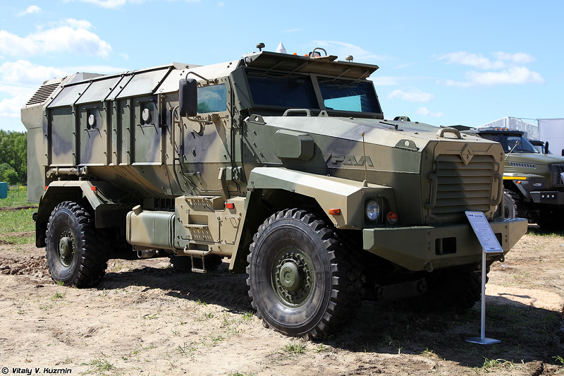 Бронеавтомобиль Урал-53099 Тайфун-У (Ural-53099 Typhoon-U armored vehicle)