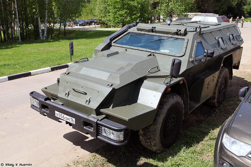 Модернизированный КАМАЗ-43269 Выстрел (Upgraded KAMAZ-43269 Vystrel armored vehicle)