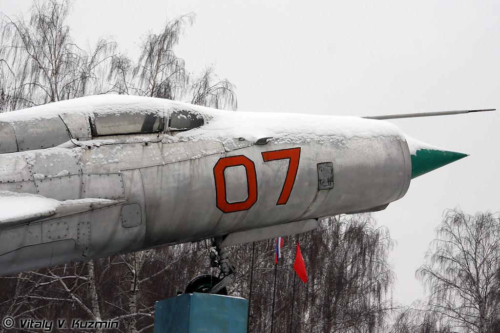 МиГ-21 (MiG-21)