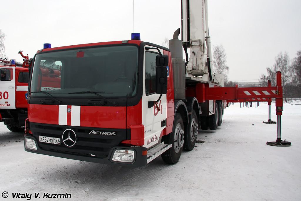 Пожарный коленчатый подъемник Bronto Skylift F68 HLA