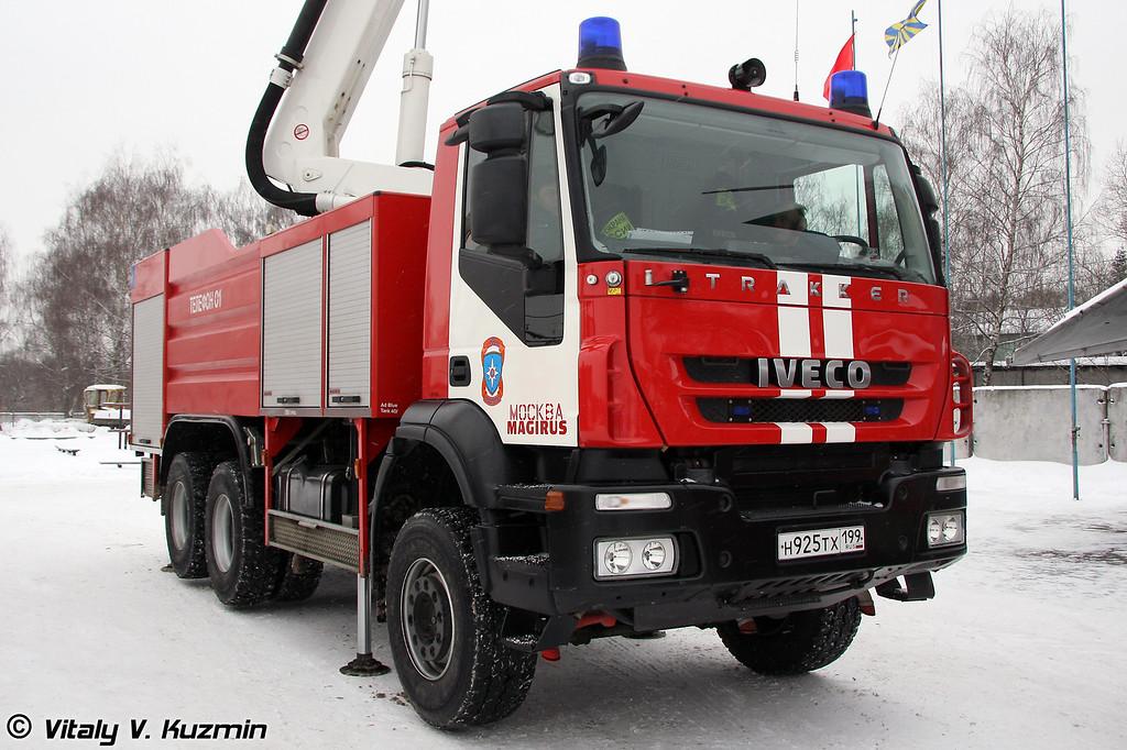 Пожарный  автомобиль на шасси Iveco Trakker