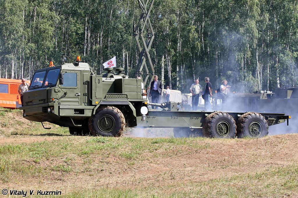 Специальное колесное шасси БАЗ-69092-012 (BAZ-69092-012 special wheeled chassis)