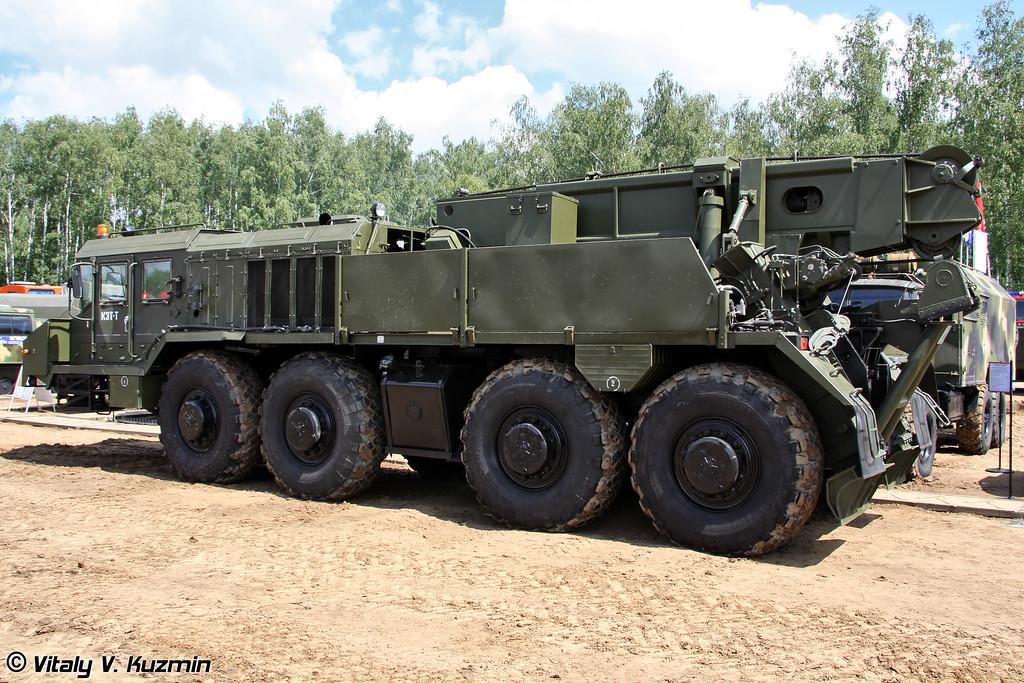 Колесный эвакуационный тягач КЭТ-Т на шасси КЗКТ-74281-012 (Wheeled recovery vehicle KET-T on KZKT-74281-012 chassis)
